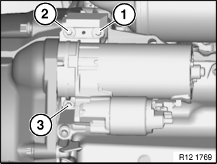 12 41 020 Removing and installing/replacing starter motor