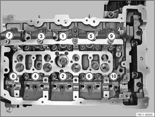 11 12 100 Removing and installing cylinder head (N20, 26)