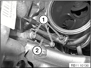 11 65 020 Remove and install/replace (N26) exhaust